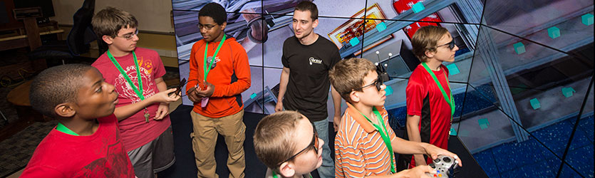 photo of kids in the visualization lab